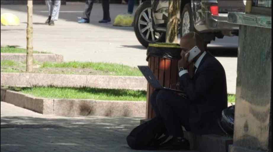 Під судом нахабно пограбували брата Мустафи Найєма, Масі. Подробиці інциденту