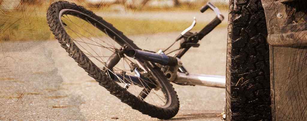 """""""На останні гроші купила сину велосипед, бо він ним маpив"""": Нові подробиці трагічної загибелі 11-річного хлопчика"""