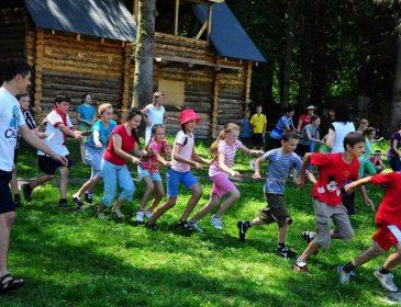 Від 15 до 20 тисяч гривень: Українців вразила нова вартість відпочинку в дитячих таборах