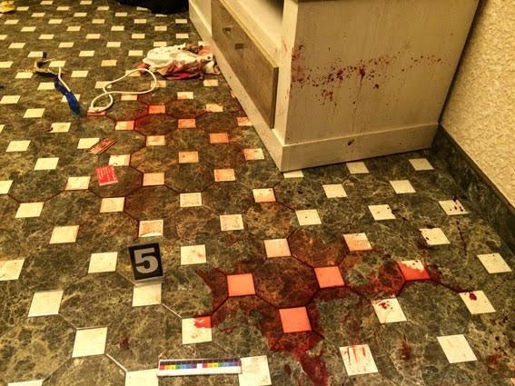 """""""Зв'язав трьох її дітей-підлітків і примусив на це дивитися"""": Клоун жорстоко вбив жінку і знімав усе на камеру"""