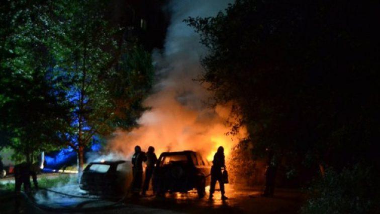 """""""Вогонь повністю знищив …"""": У Рівному спалили автомобіль відомого волонтера"""