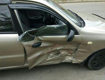 Зіткнулися одразу три автомобілі: В кривавій ДТП у Львові загинув дідусь