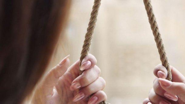 """""""На 10-й день після весілля"""": Молода дружина покінчила життя самогубством, а все тому…"""