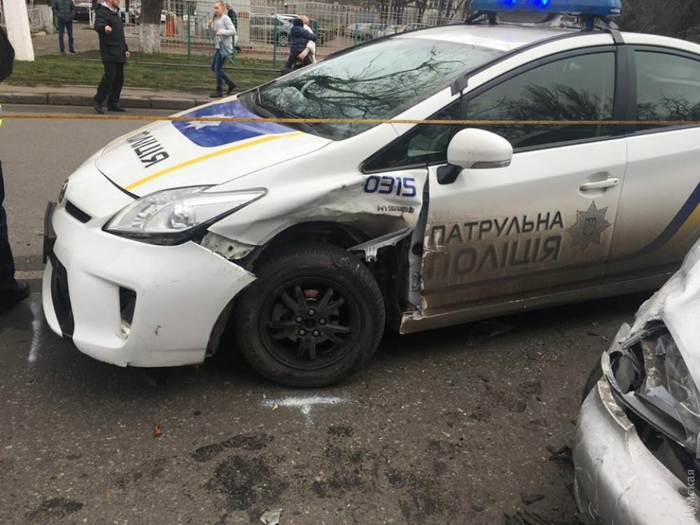 У Львові поліцейські збили людину прямо на пішоходному переході: Чоловік терміново госпіталізований