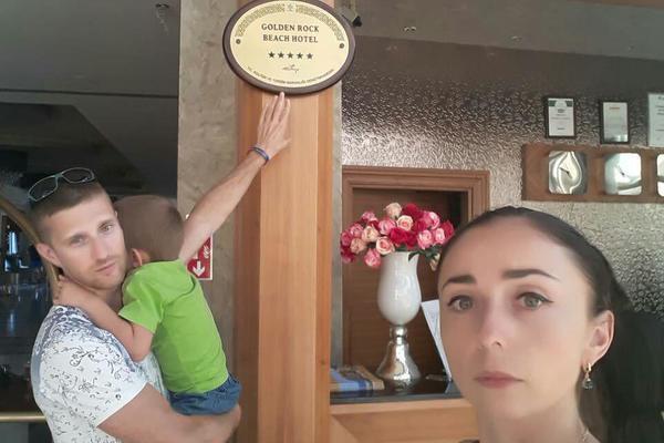 """""""Вони не доведуть"""": Скандал із """"забутими"""" українськими туристами набирає нових обертів"""