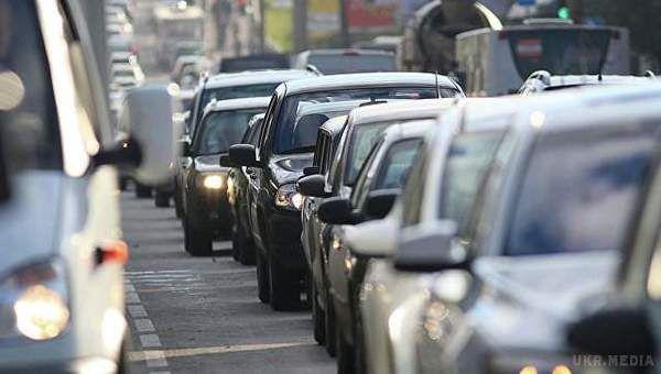 Вже з 1 вересня: нововведення на українських дорогах. Що зміниться