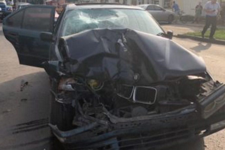 Моторошна ДТП в Черкасах:  Водій на швидкості  виїхав на тротуар  задавивши матір з дитиною