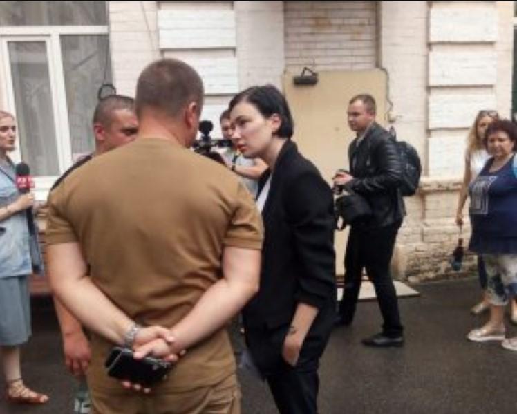 Скандальний ролик Порошенка: Приходько затримали по дорозі на суд
