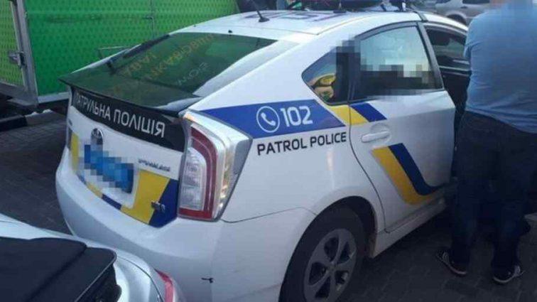 """""""Спіймали на гарячому"""": На Одещині начальник відділу поліції попався на хабарі"""