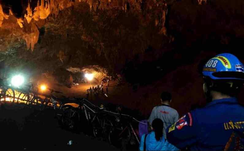 Дітей тримають у масках, це пекло: розповіли невідомі подробиці порятунку з печери в Таїланді