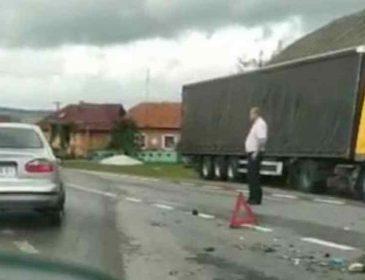 Масова ДТП на Львівщині: два легковики зіткнулись з фурою, 8 постраждалих, з них 2 дітей