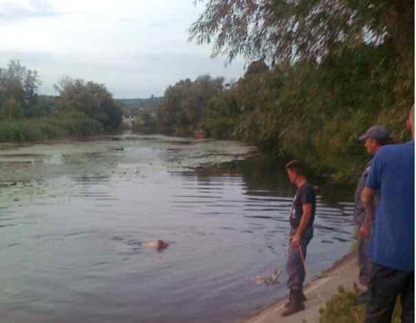 """""""Діти бавились на березі"""": Двоє маленьких хлопчиків втопилися у річці"""