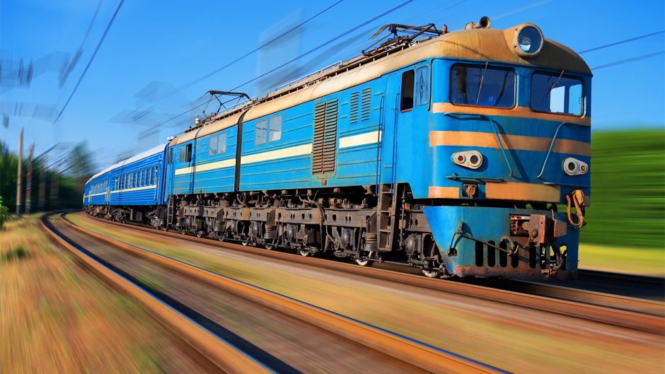 Моторошна НП на Львівщині: Троє людей потрапило під колеса потяга