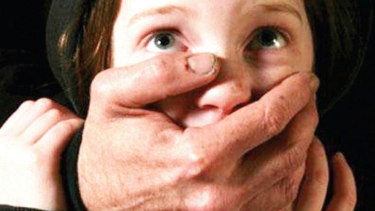 Покликав пускати кораблики: Колишній в'язень жорстоко поглумився над семирічною дівчинкою