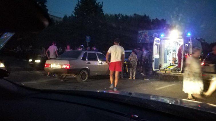 Смертельна ДТП: У Львові 19-річний юнак на шаленій швидкості збив сім'ю з дитиною
