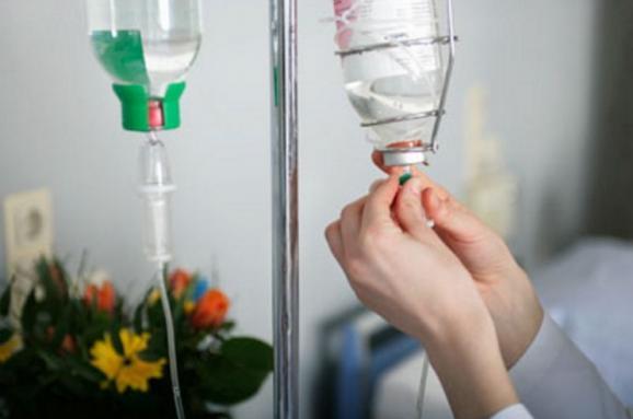 Весілля закінчилось на лікарняних ліжках: Під час святкування на Волині отруїлися 22 людини, серед постраждалих діти