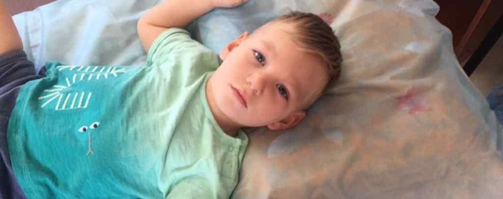 """""""Не може самостійно сидіти, стояти та ходит"""": 3-річний Тимофій потребує вашої допомоги"""
