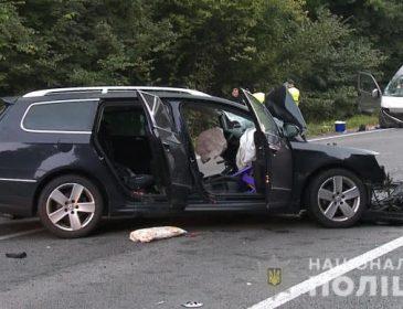 Жахлива ДТП біля Вінниці: Легковик на шалені швидкості зіткнувся лоб в лоб з мікроавтобусом, є жертви