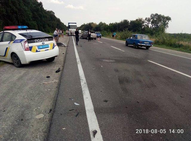Страшна ДТП у Львівській області, серед постраждалих діти