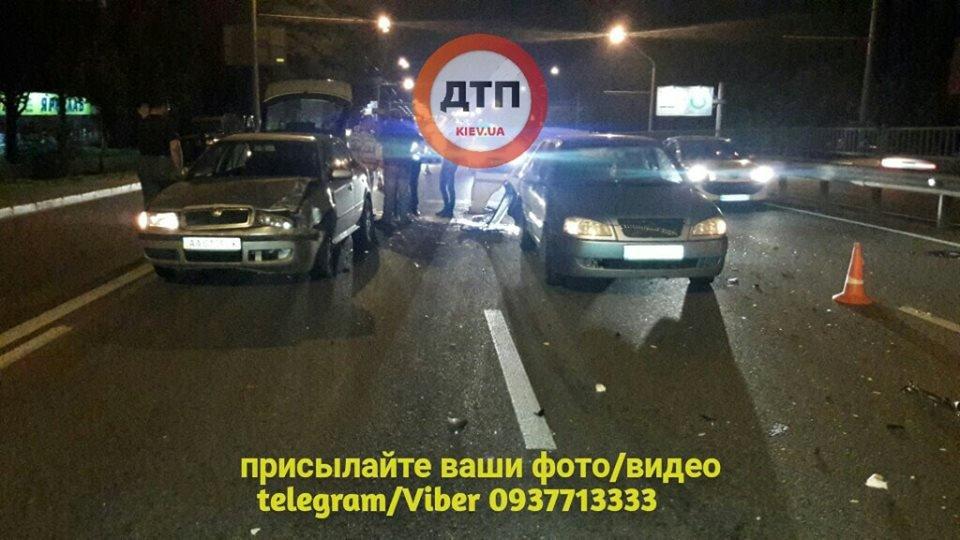 """""""Машину несло ще 150 метрів"""": У столиці сталася масштабна ДТП"""
