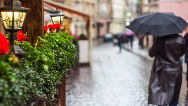 Спека, зливи та грози: Синоптики розповіли, яких сюрпризів від погоди слід очікувати 21 серпня