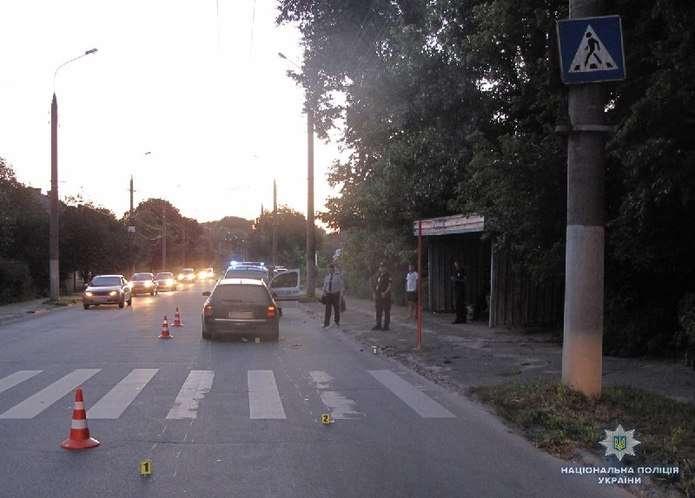 Моторошна ДТП на Львівщині: Жінка на іномарці на швидкості врізалась  в мотоцикліста, є жертви