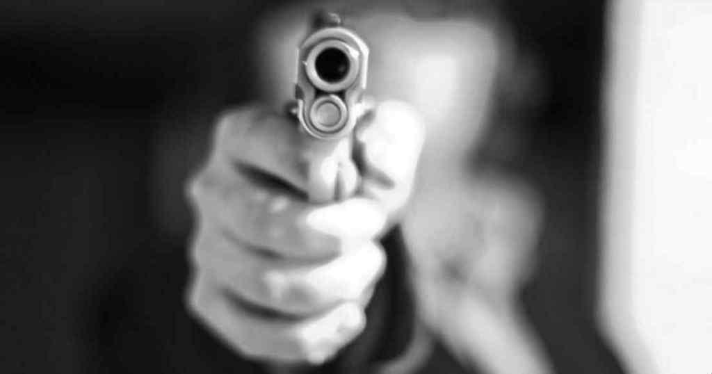 """""""Жорстоко розправився з родичами і кинувся тікати"""": Вбивця 8 чоловік відповідав на критику в Facebook"""