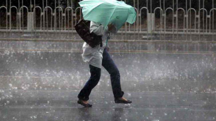 """""""Погода різко погіршиться"""": На території України оголосили штормове попередження"""