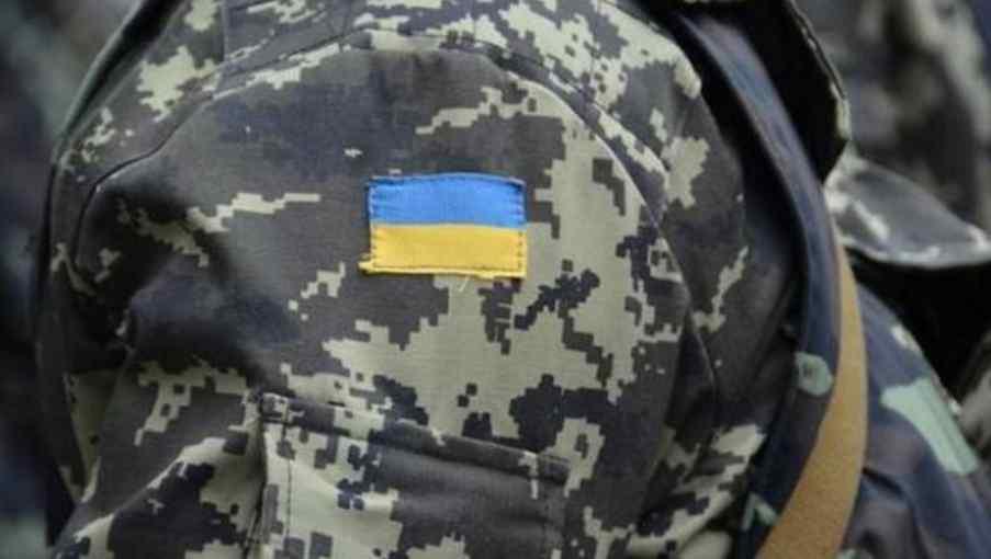 """""""Прямо в голову"""": На Донбасі солдат застрелив товариша по службі"""