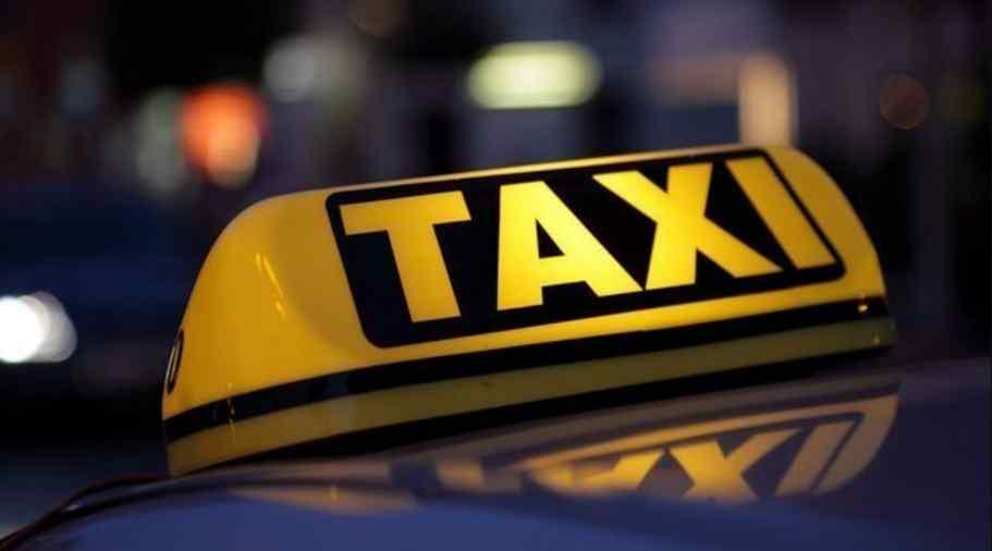 Екстремальна поїздка: водій таксі прийняв пологи у пасажирки