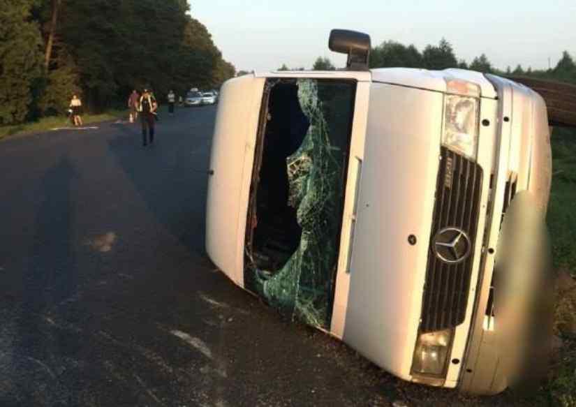 Моторошна ДТП на Волині: П'яний водій легковика на шаленій швидкості врізався в маршрутку з пасажирами