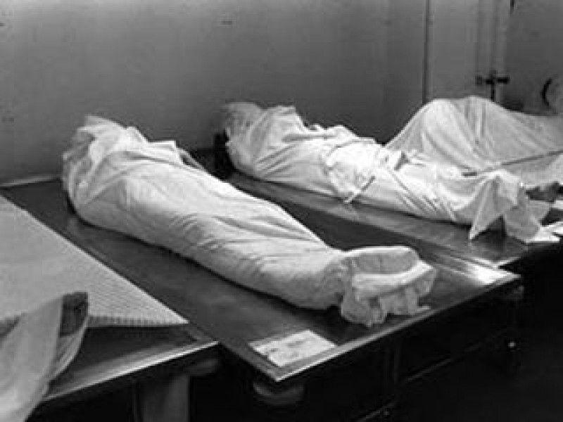 """""""Скрізь літали мухи і тіло почалось розкладатись"""": На Львівщині чотири доби пролежало тіло вбитої жінки в моргу без огляду та відповідної камери"""