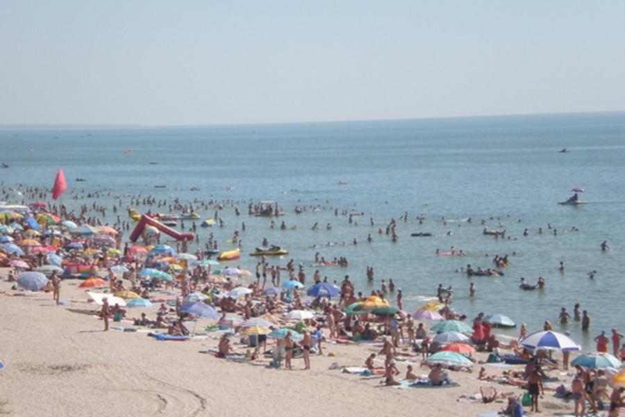 Нова трагедія на відомому українському курорті: У морі знайшли бездиханні тіла двох чоловіків