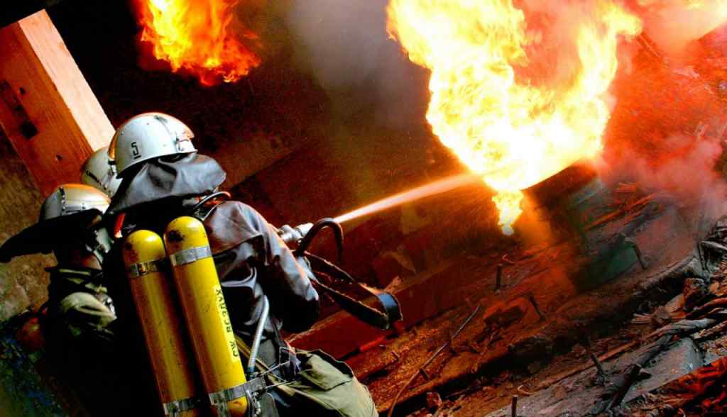 Моторошна пожежа в житловому будинку, загинули діти. Перші подробиці