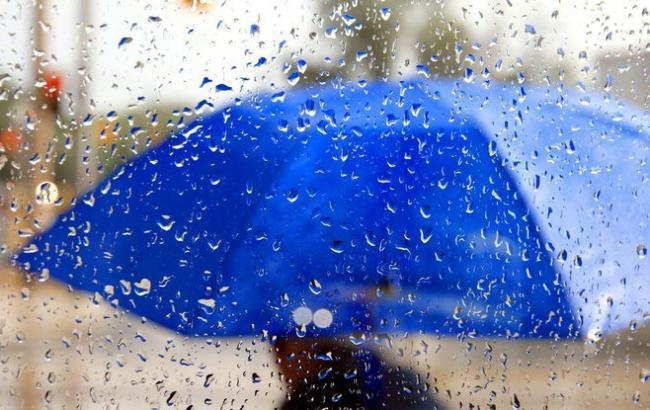 Пекельна спека і грози: синоптики повідомили прогноз погоди на День Незалежності