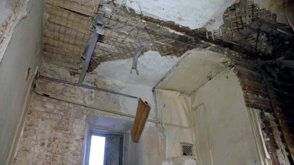 Діти в небезпеці! У дитячому садку в Івано-Франківській області впала стеля