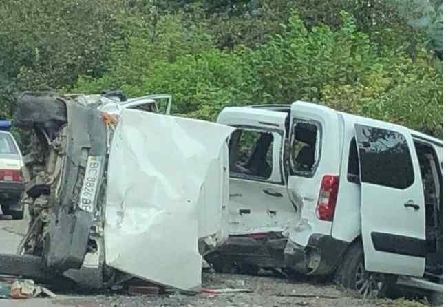 Моторошна аварія на Львівщині: Легковик на шаленій швидкості врізався в інше авто