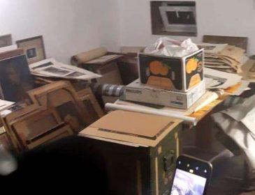 Під час обшуку знайшли колекцію антикварних картин і монет: в Одесі затримали чиновника митниці