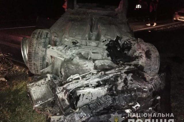 Моторошна ДТП на Львівщині: Автогмобіль на шаленій швидкості злетів у кювет, є жертви