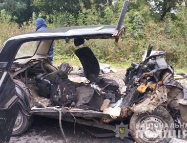З машини практично нічого не залишилось: Моторошна аварія на Тернопільщині забрала життя трьох людей