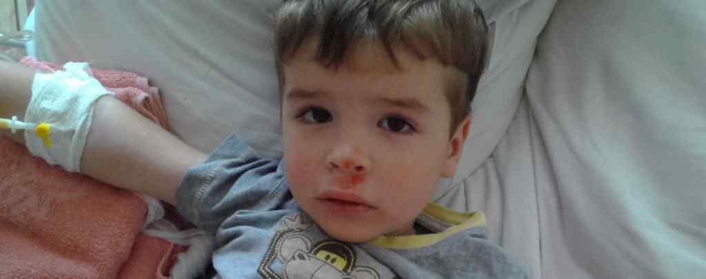 Важка хвороба в одну мить змінила все життя: Даниїл потребує вашої допомоги