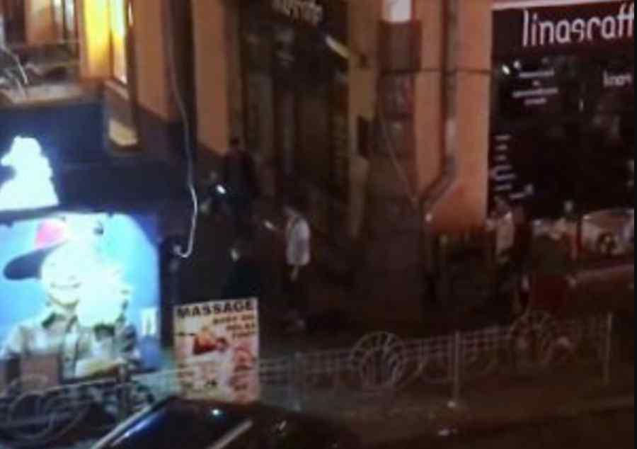 У центрі Києва сталась масова бійка зі стріляниною, інцидент потрапив на відео