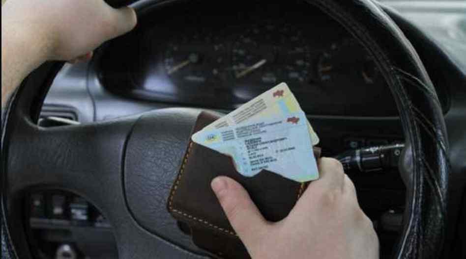 У Раді хочуть ввести нові заборони для водіїв і посилити правила дорожнього руху