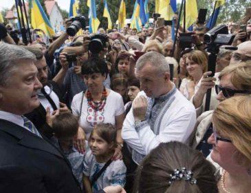 """Звичайне бла-бла-блакання: Ніцой розкритикувала Порошенка за вдавану """"українськість"""""""