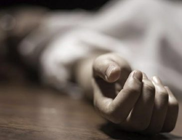 """""""Тіло жінки лежало у калюжі кров"""": На Вінничині раптова смерть молодої жінки поставила на вуха все село"""