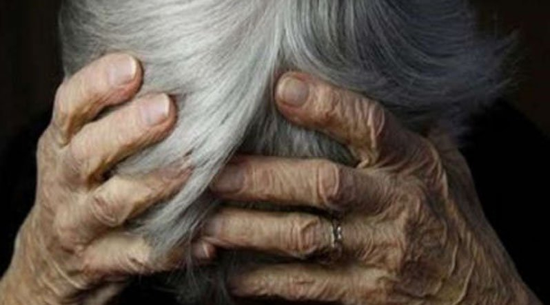 З квартири лунав дикий крик: На Львівщині нелюд жорстоко побив та зґвалтував 87-річну жінку