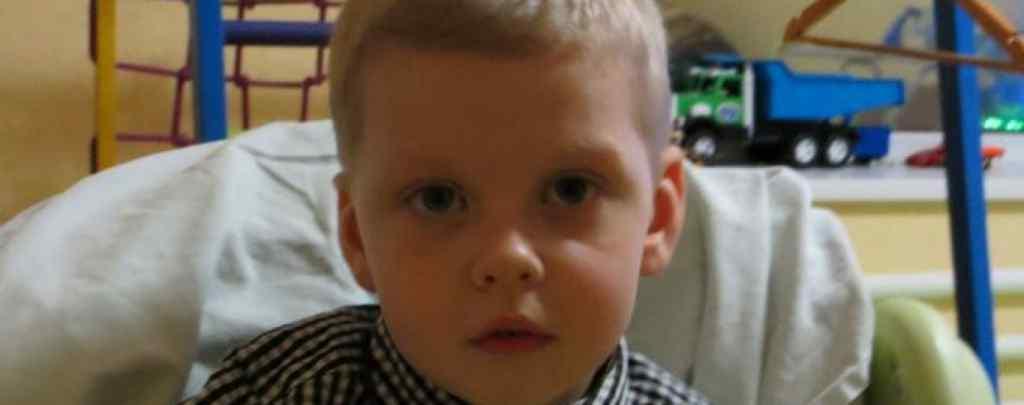 Важка хвороба перетворила життя хлопчика на муки: Прохор потребує вашої допомоги