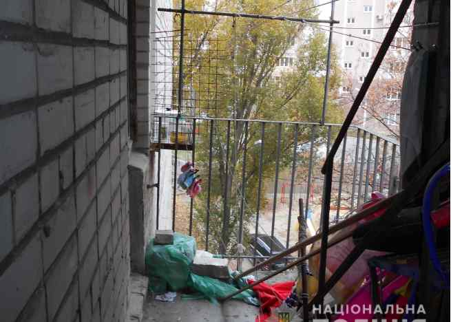 У Харкові школярка закінчила життя самогубством: моторошні подробиці трагедії