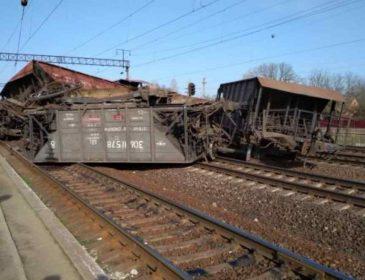 Небезпечна подія на Львівщині:  зійшов з рейок товарний поїзд