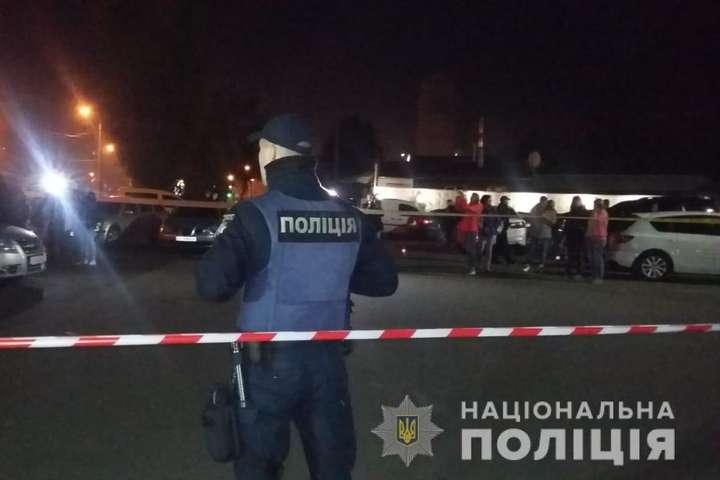 У Харкові біля спортклубу сталася стрілянина, перші подробиці